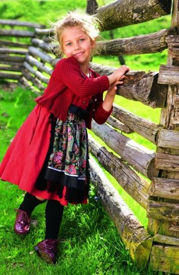 Burda Style | Girl's Dirndl 09/2011#150