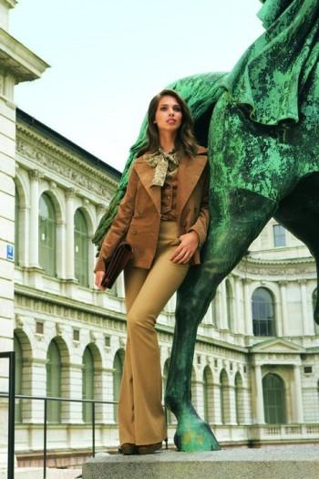 Burda Style | Velvet jacket 10/2011 #105