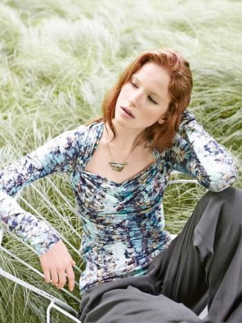 Burda Style | Portrait Neck Jersey Tee 10/2014#110